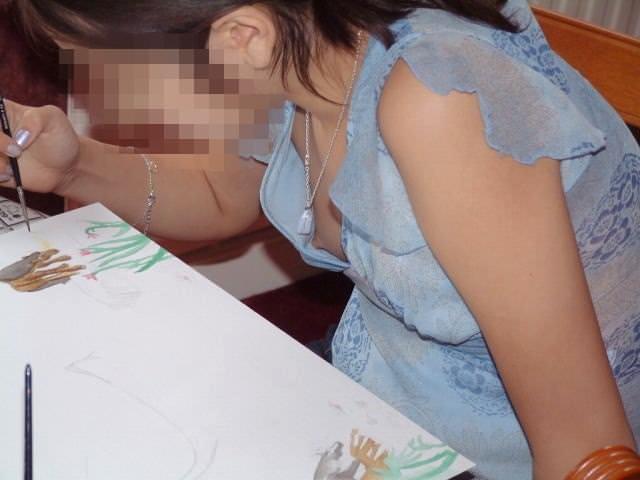 【おっぱい】クラスメートの女子と久々の再会したら成長した胸チラにドキっとした同級生おっぱい画像集【80枚】 07