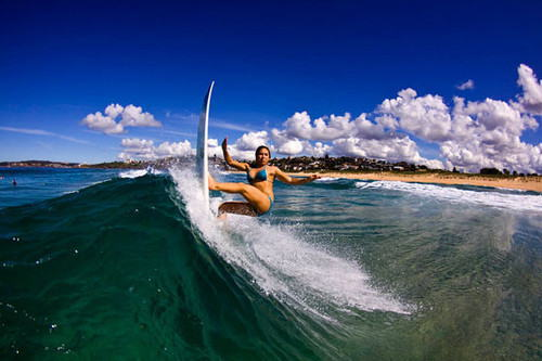 【おっぱい】露出狂状態で波乗りを愉しんじゃってる女子サーファーのおっぱい画像集【80枚】 38