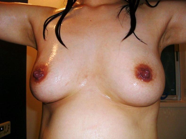 【おっぱい】この熟女巨乳が人のものだと思うと興奮が止まらなくなる人妻おっぱい画像集【90枚】 48