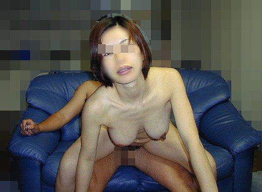 【おっぱい】この熟女巨乳が人のものだと思うと興奮が止まらなくなる人妻おっぱい画像集【90枚】 57