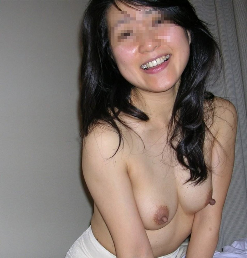 【おっぱい】この熟女巨乳が人のものだと思うと興奮が止まらなくなる人妻おっぱい画像集【90枚】 62