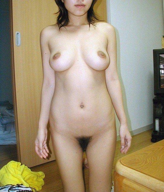 【おっぱい】この熟女巨乳が人のものだと思うと興奮が止まらなくなる人妻おっぱい画像集【90枚】 81