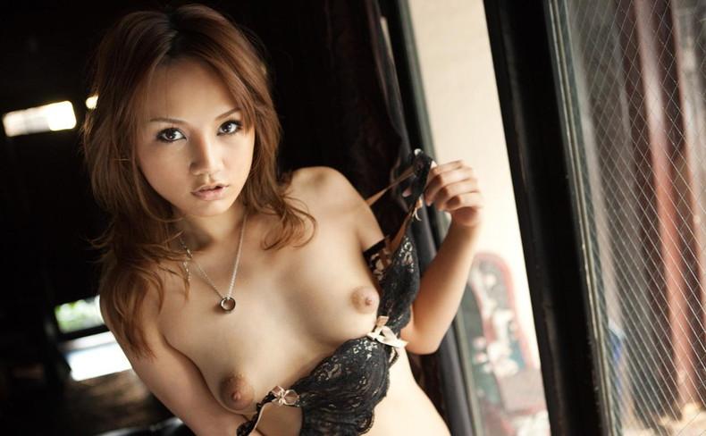 【おっぱい】美しすぎるハーフのビッチギャルや美少女たちのおっぱい画像集【80枚】 57