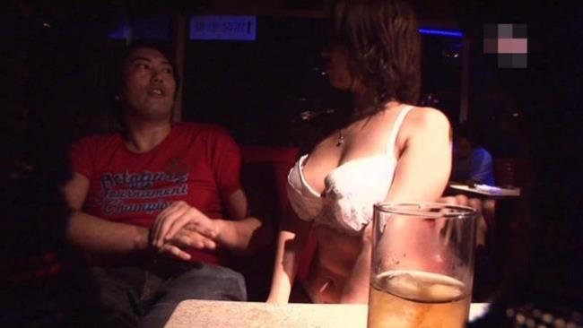 【おっぱい】セクキャバ行ってキャストのむっちり巨乳揉んで乳首吸いまくってやったセクキャバおっぱい画像集【80枚】 25