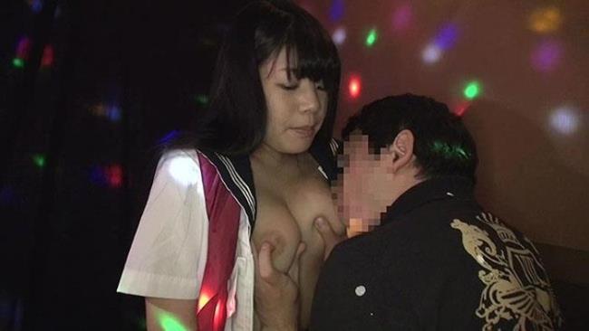 【おっぱい】セクキャバ行ってキャストのむっちり巨乳揉んで乳首吸いまくってやったセクキャバおっぱい画像集【80枚】 27