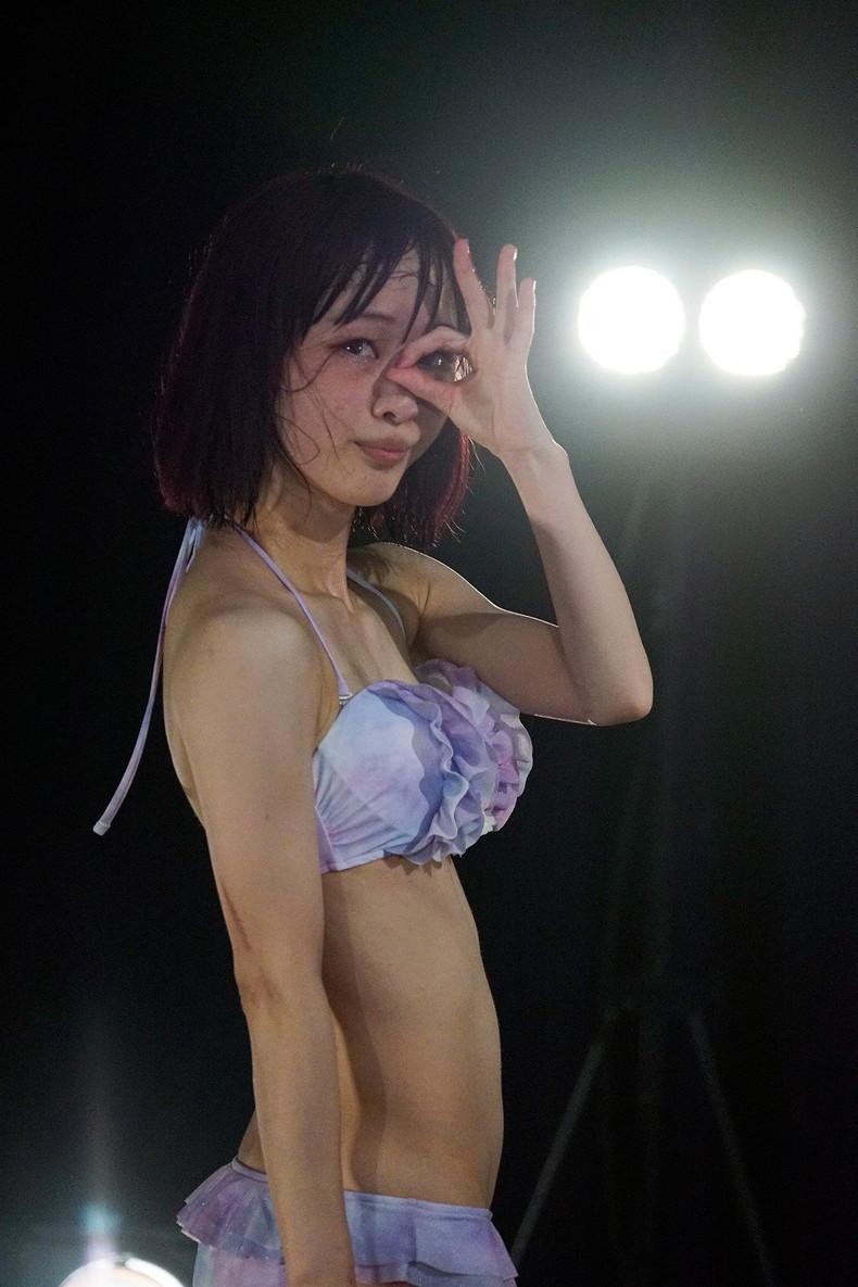【おっぱい】最近の地下アイドルはおっぱい露出度がスゴすぎてほぼ露出狂ライブな件【80枚】 63