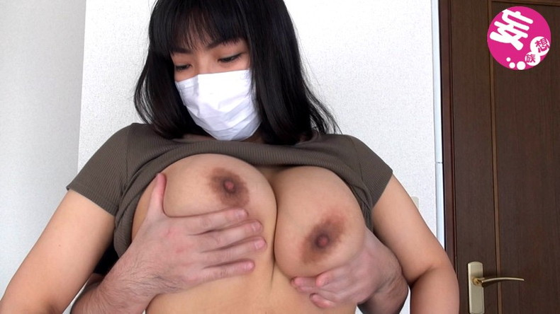 【おっぱい】顔は隠れてても乳首もおまんこも丸出しでハメ撮りされちゃってるマスク女子のおっぱい画像集【80枚】 71