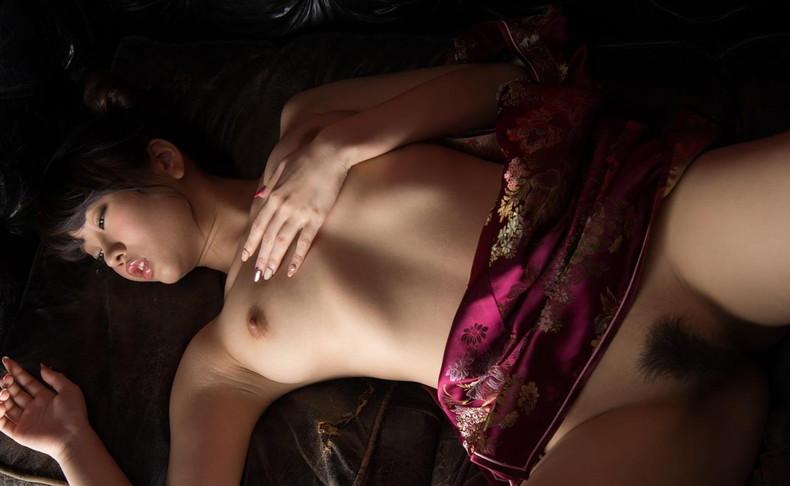 【おっぱい】巨乳とくびれと美尻がパツパツでスリットがソソられまくるチャイナドレスのおっぱい画像集【80枚】 19