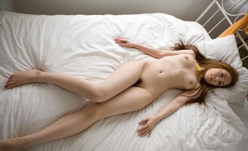 【おっぱい】美脚のお姉様は美乳であるという説は正しかった美脚女子のおっぱい画像集【80枚】
