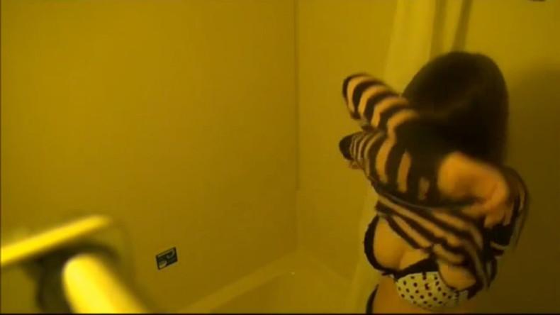 【おっぱい】OLやJDやJKの女子寮のお風呂を盗撮したり乱交パーティーしちゃった女子寮おっぱい画像集【80枚】 35