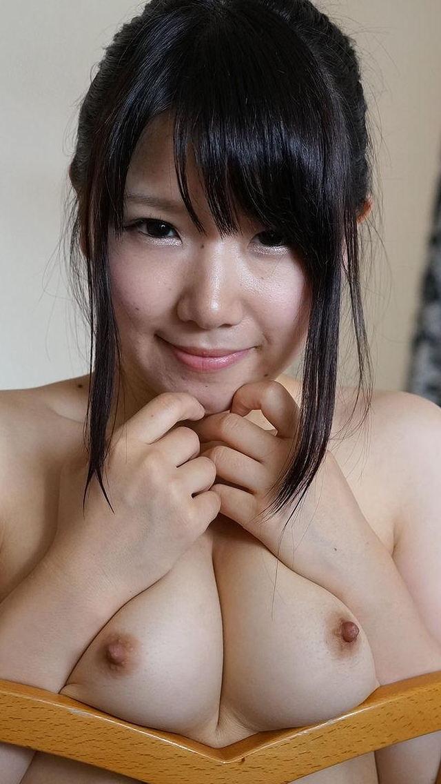 【おっぱい】巨乳ギャルが軽い上目遣いで寄せ乳してくれるとガマンできなくなる寄せ乳おっぱい画像集!【80枚】 39