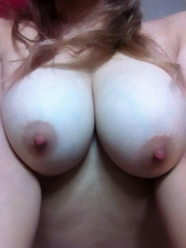 【おっぱい】素人十代のピンク乳首が貴重過ぎてエロ過ぎて!これから吸いまくって開発していきたい10代おっぱい画像集【80枚】 48