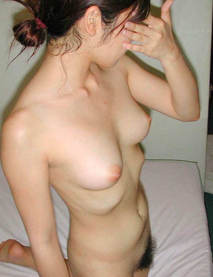 【おっぱい】素人十代のピンク乳首が貴重過ぎてエロ過ぎて!これから吸いまくって開発していきたい10代おっぱい画像集【80枚】 64