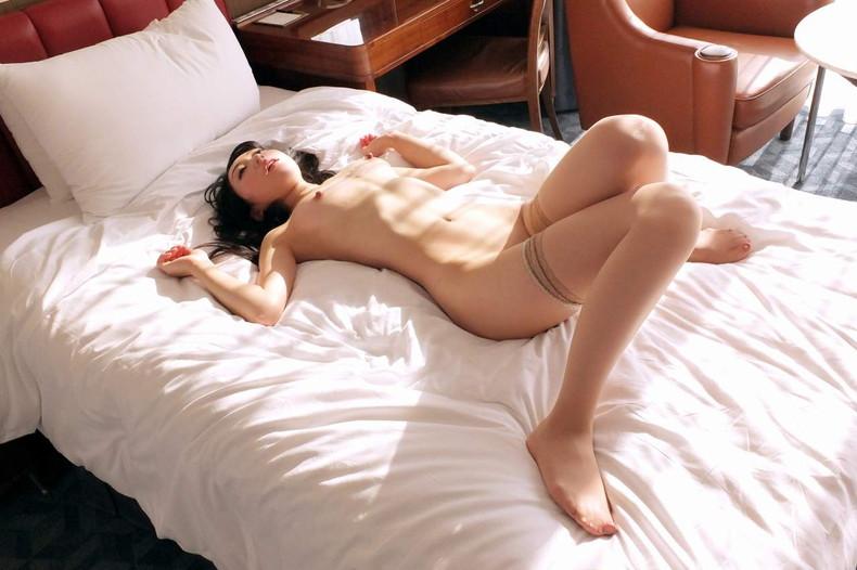 【おっぱい】育ちの良いお嬢様の美乳を弄って吸いまくったご令嬢のおっぱい画像集!ww【80枚】 44