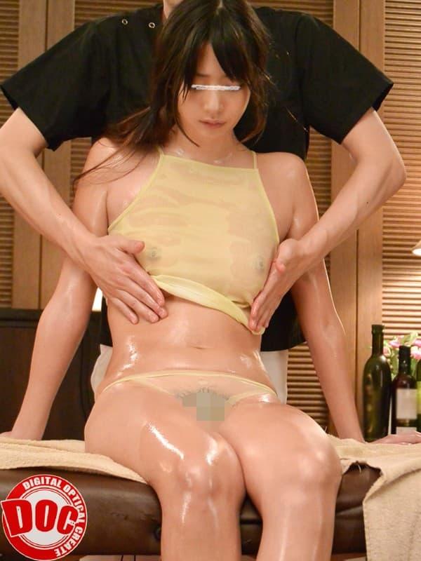 【おっぱい】巨乳OLや人妻たちがローション塗られて乳首やスペンス乳腺をぬるぬる弄られてるオイルマッサージのおっぱい画像集ww【80枚】 59