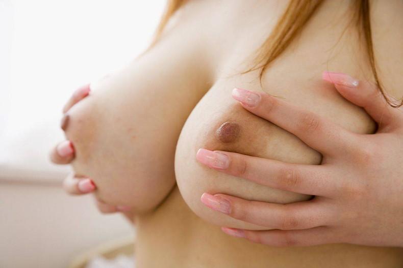 【おっぱい】乳首上向きで美巨乳の釣鐘型おっぱいが理想的過ぎて即パイズリしたくなる釣鐘型のおっぱい画像集ww【80枚】 20