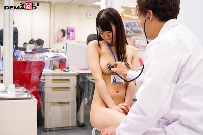 【おっぱい】内科や婦人科に診察に来たOLや巨乳な人妻たちが乳首弄られ寝取られ放題の診察おっぱい画像集ww【80枚】 45