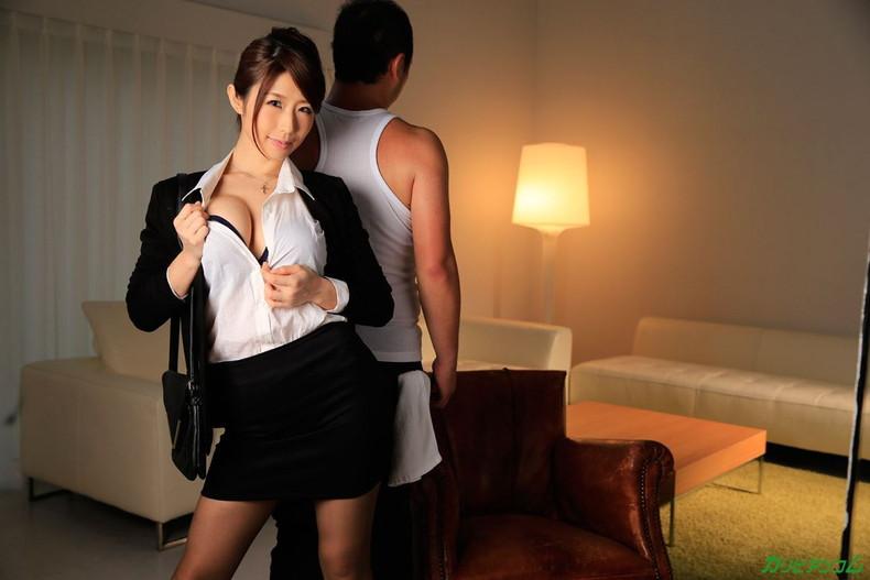 【おっぱい】キャリアウーマンOLたちのスーツを脱がせて美乳を揉みまくって枕営業したったキャリアウーマンのおっぱい画像集ww【80枚】 72