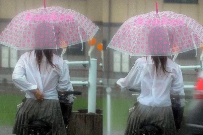 【おっぱい】通学中の制服JKや体操服のJKが雨で濡れ透け状態になって透けブラ、透け乳首しちゃってる濡れ透けJKのおっぱい画像集w【80枚】 60