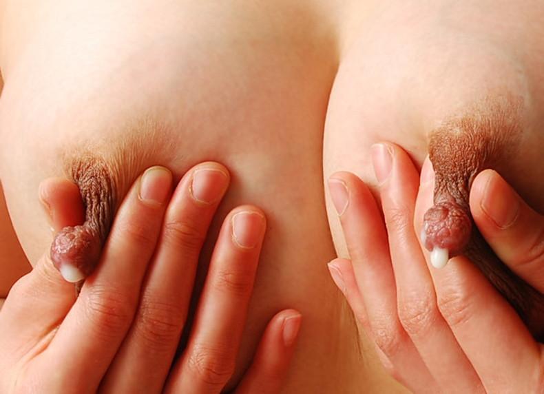【おっぱい】子持ちの若妻と不倫して乳首ひねって母乳を噴出させて搾乳プレイやぶっかけ調教しちゃった母乳おっぱい画像集!ww【80枚】 37