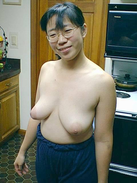 【おっぱい】ブス巨乳の女子がカワイく見えてきて勃起してきたら合格!wwご奉仕大好きブスカワ巨乳女子のおっぱい画像集!【80枚】 47