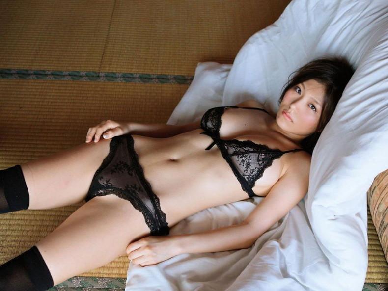 【おっぱい】セクシーランジェリーのS級美女たちが着衣巨乳や透け乳首で自慢の美乳をチラ見せしてるセクシーランジェリーのおっぱい画像集ww【80枚】 22