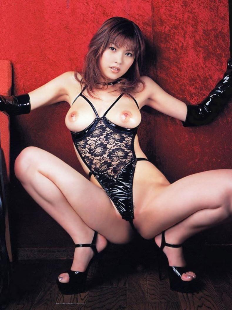【おっぱい】セクシーランジェリーのS級美女たちが着衣巨乳や透け乳首で自慢の美乳をチラ見せしてるセクシーランジェリーのおっぱい画像集ww【80枚】 38