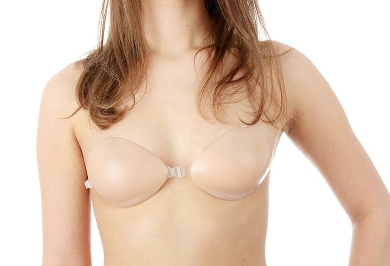 【おっぱい】ヌーブラ装着してる美巨乳が丸見えよりもエロい件wwペロンと剥がして乳首弄りたくなるヌーブラおっぱい画像集!w【80枚】 75