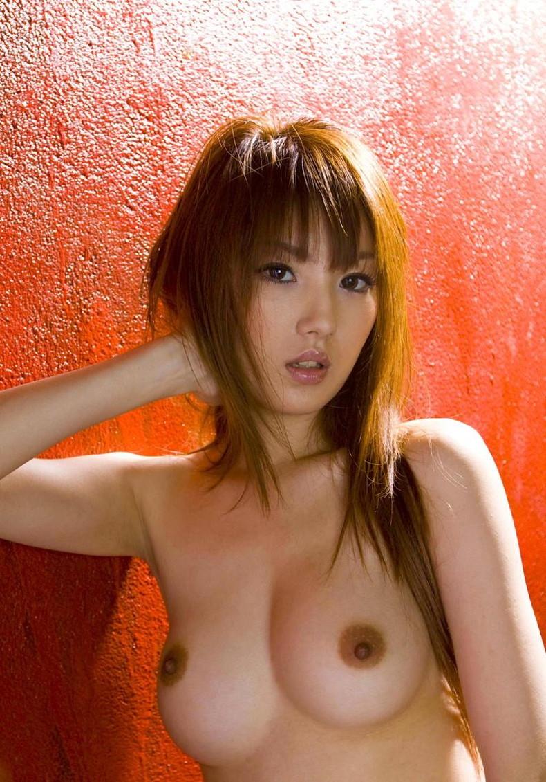 【おっぱい】女性の乳首はここまで勃起できる!!乳首弄りや乳首舐めでギンギンに反り立っちゃった勃起乳首のおっぱい画像集ww【80枚】 74