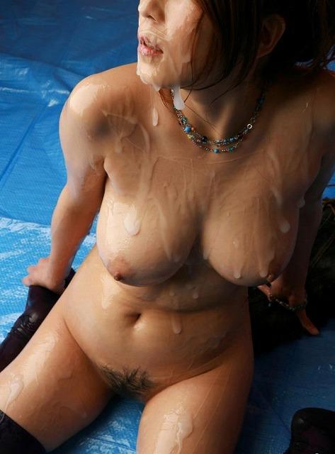 【おっぱい】ローションまみれの巨乳を揉んだら指の間から乳首がにゅるんと逃げていく!ローションおっぱい画像集!w【80枚】 18