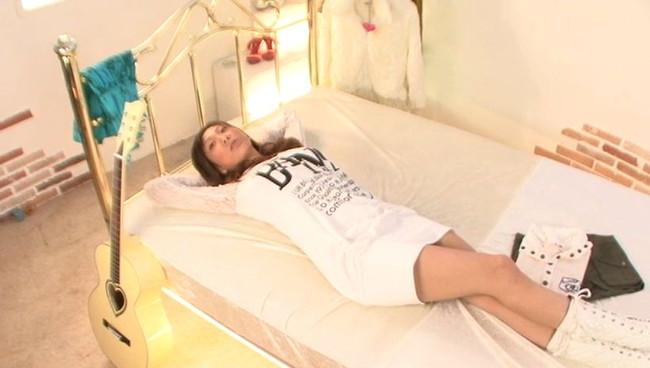 【おっぱい】可愛い顔をしてものすごくエッチなFカップ美巨乳AV女優の安藤美沙ちゃんのおっぱい画像がエロすぎる!【30枚】 10