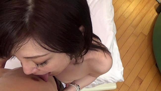 【おっぱい】さんぽをしながらもエッチなお願いに応えてくれてセックスまでできちゃった熟女さんたちのおっぱい画像がエロすぎる!【30枚】 28