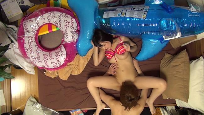 【おっぱい】ヤリチン男の自宅にやって来てプライベートセックスを盗撮されちゃっている女の子のおっぱい画像がエロすぎる!【30枚】 14