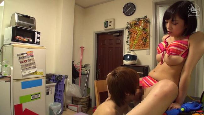 【おっぱい】ヤリチン男の自宅にやって来てプライベートセックスを盗撮されちゃっている女の子のおっぱい画像がエロすぎる!【30枚】 18