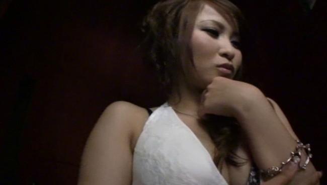 【おっぱい】魔性のセックスで男性客を魅了してやまないギャルなキャバ嬢のおっぱい画像がエロすぎる!【30枚】 25