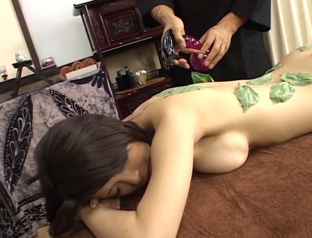 【おっぱい】濃厚なセックスの後に濃厚なザーメンをぶっかけられようとしている大人気AV女優・大塚咲さんのおっぱい画像がエロすぎる!【30枚】 01