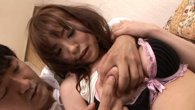 【おっぱい】いじめっ子にエロいことを要求されて応じちゃう美人で巨乳でキャビンアテンダントのお姉ちゃんのおっぱい画像がエロすぎる!【30枚】 20