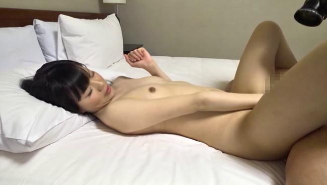 【おっぱい】ナンパでゲットしてみたら顔もおっぱいも可愛らしい!うぶな大阪人の女の子のおっぱい画像がエロすぎる!【30枚】 28