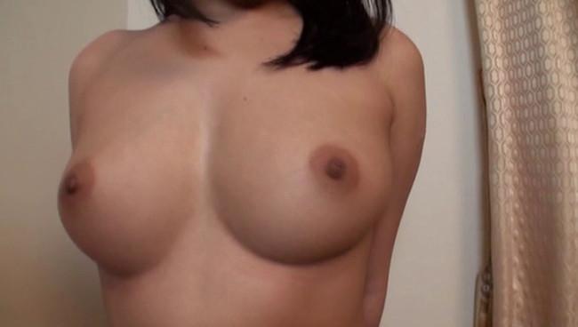 【おっぱい】全裸になりながら女体観察をされちゃってハニかんじゃっている女の子たちのおっぱい画像がエロすぎる!【30枚】 17