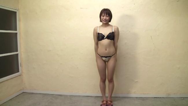 【おっぱい】全裸になりながら女体観察をされちゃってハニかんじゃっている女の子たちのおっぱい画像がエロすぎる!【30枚】 22