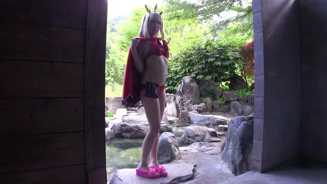 【おっぱい】一泊二日の中出し温泉旅行で彼女としてイチャイチャしてくれてセックスもできちゃうコスプレイヤーのおっぱい画像がエロすぎる!【30枚】 05