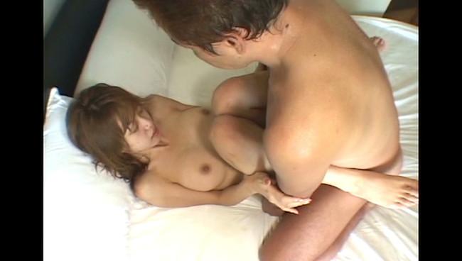 【おっぱい】寝起き襲撃セックスで無抵抗のまま感じちゃっているセクシーアイドルたちのおっぱい画像がエロすぎる!【30枚】 22