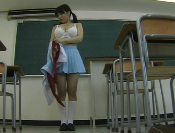 【おっぱい】Gスポットばかりを集中的に責められ続けて大量に潮吹きしちゃった女子校生たちのおっぱい画像がエロすぎる!【30枚】 01