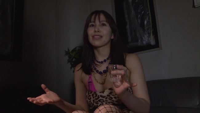 【おっぱい】ようこそJAPANへ!酒と媚薬を飲ませてジャパニーズチ〇ポを見せたら興奮しまくる外国人女性たちのおっぱい画像がエロすぎる!【30枚】 24
