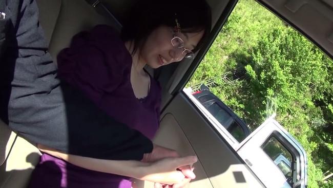 【おっぱい】他の男性と不倫温泉旅行へ向かい、一日中セックスに明け暮れてしまう人妻さんのおっぱい画像がエロすぎる!【30枚】 01