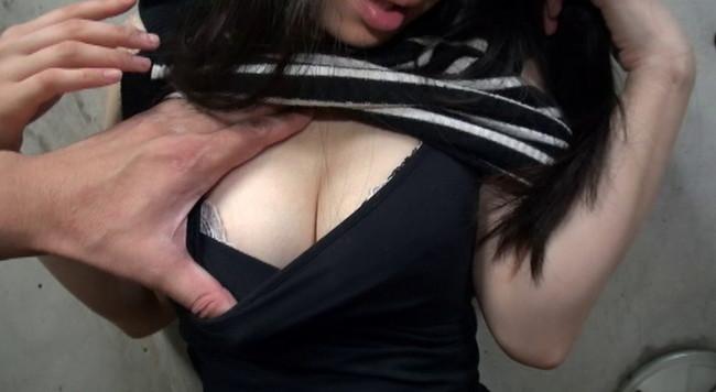 【おっぱい】素人モデル募集広告に応募してきて面接中にハメ撮りセックスまでされちゃう人妻さんたちのおっぱい画像がエロすぎる!【30枚】 24