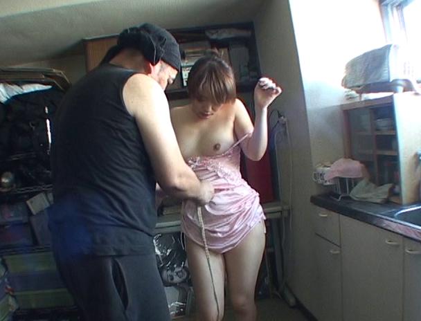 【おっぱい】緊縛マニアの間では裸で緊縛よりも興奮すると言われている私服で緊縛されちゃう女性たちのおっぱい画像がエロすぎる!【30枚】 25