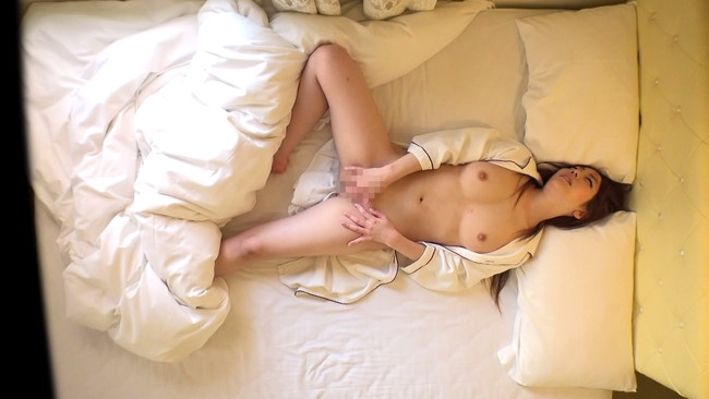 【おっぱい】出張先の女性限定ビジネスホテルで何度でもオナニーで絶頂するところを盗撮された素人女性たちのおっぱい画像がエロすぎる!【30枚】 08