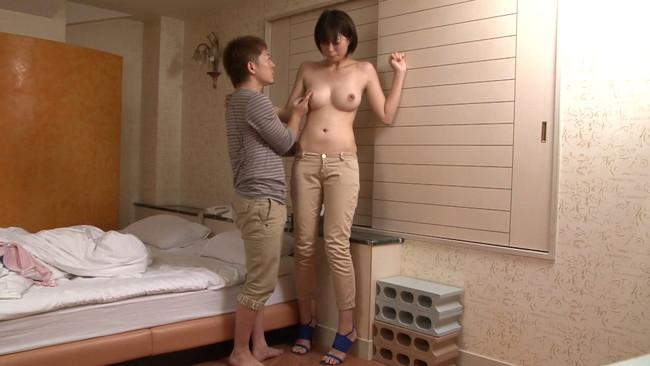 【おっぱい】背の高い女の人は好きですか?180センチを超えるスタイル抜群の長身AV女優さんのおっぱい画像がエロすぎる!【30枚】 09