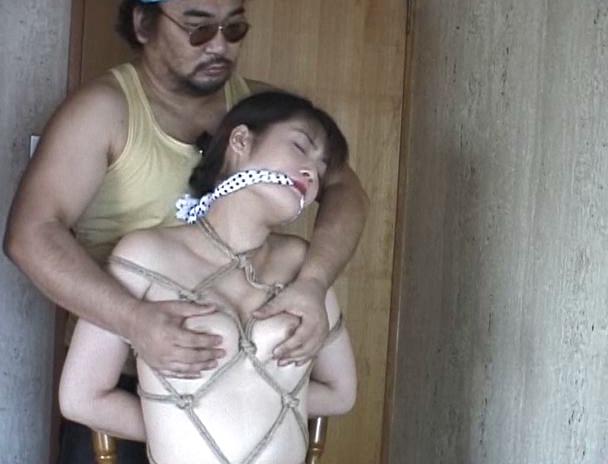 【おっぱい】無理矢理に猿轡をハメられて緊縛もされて放置されてよだれを垂らしまくっちゃうM女たちのおっぱい画像がエロすぎる!【30枚】 23